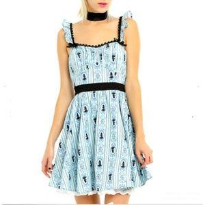 DISNEY Womens PLUS 2X ALICE in Wonderland COSTUME